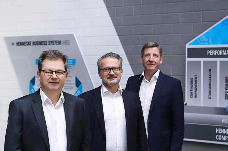 Die Geschäftsführung der Hennecke GROUP – von l. nach r.: Rolf Trippler (CSO), Thomas Wildt (CEO) und Christian Kleinjung (CFO)